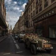 Paris crossing traversée de paris estivale